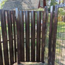 Ворота распашные и калитка из металлического штакетника установка Серпухов